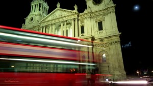 St. Paul's and bus